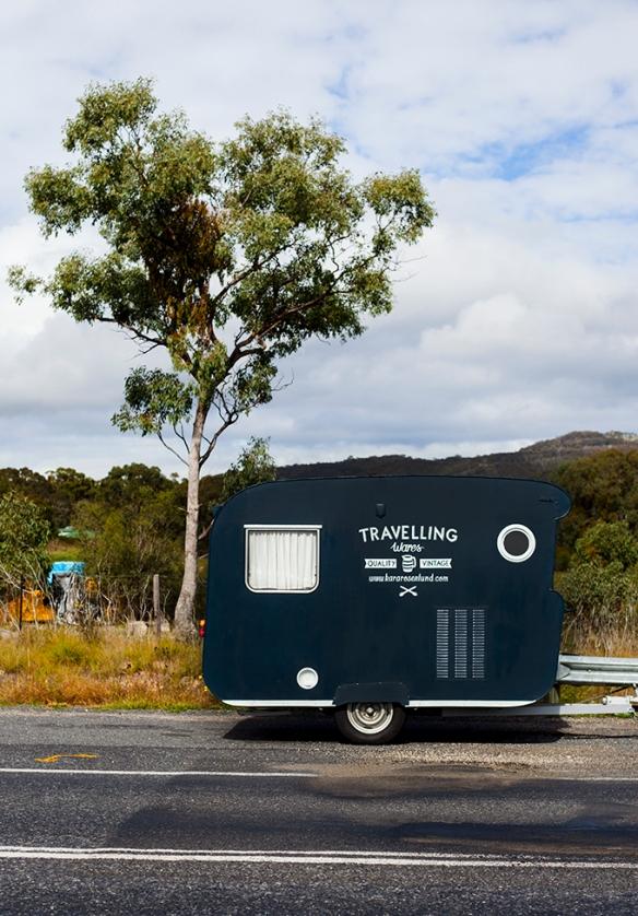 caravan-Kara-Rosenlund-A-vintage-shop-on-wheels-20